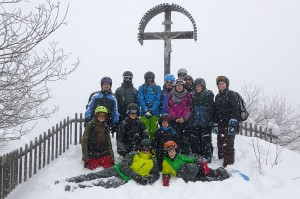 outdoor-skifahren-gruppe