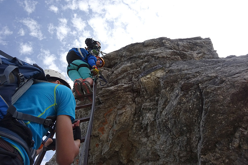 Klettersteigset Aktion : Rückruf klettersteigset skylotec Überprüfung warnhinweise