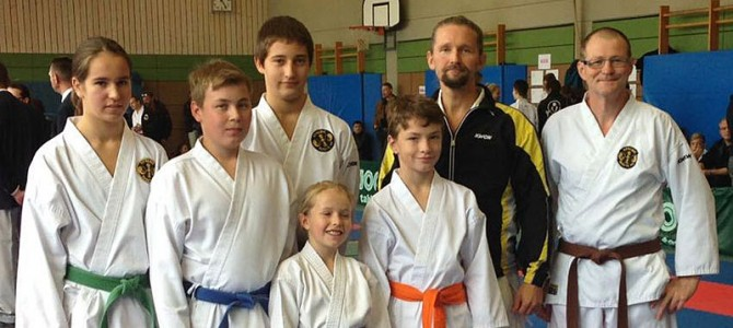Top Ergebnisse bei der Karate-Kreismeisterschaft in Abenberg