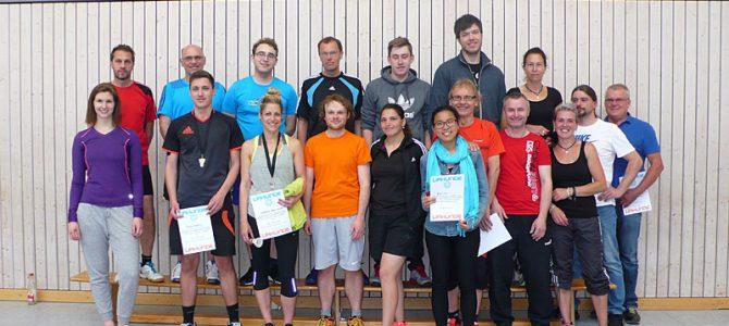 Badminton-Jubiläumsturnier: Spannende Matches und geselliges Grillen