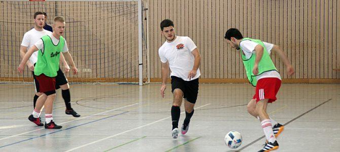 Turnier für Freizeitfußballer – Indoor Soccer Cup des UFC Ellingen