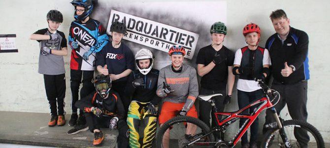 UFC-Powerkids erobern Radquartier – in Deutschlands größter Extremsporthalle für Mountainbiker