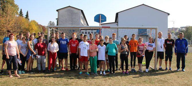Fußball-Schnuppertraining in der Mittelschule Ellingen